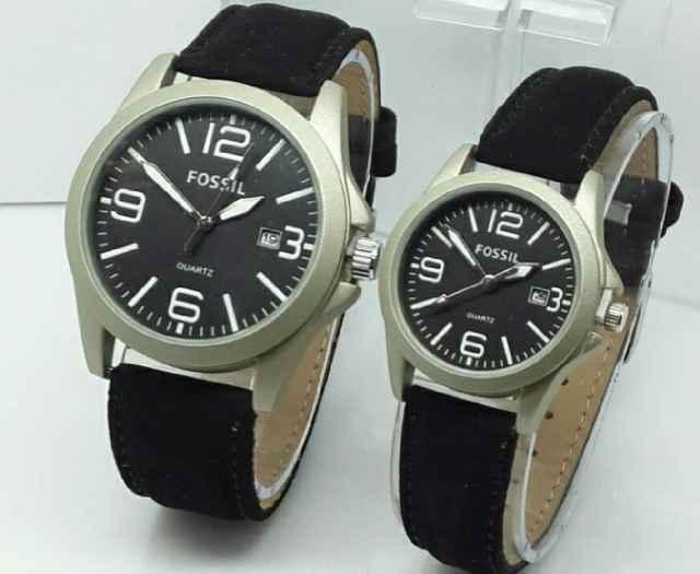 Jam Tangan Couple Fossil CW6300 Leather Black